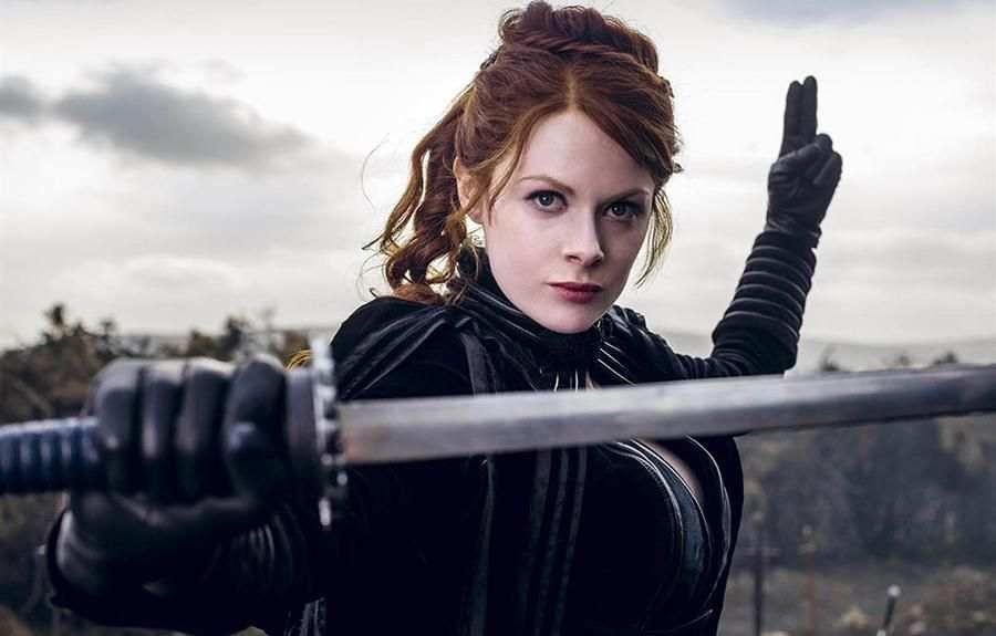 The Widow / Dul (Emily Beecham)