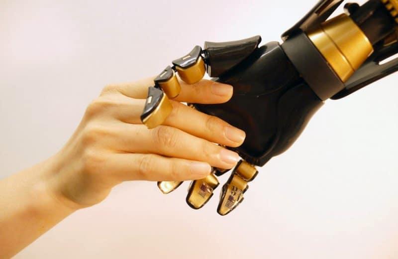 Robotlarda Dokunma Hissi