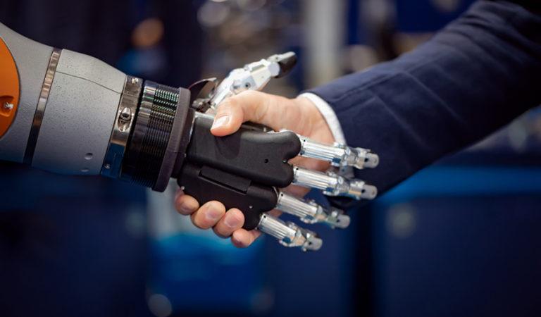 Türk Bilim İnsanı Robotlara Dokunma Hissini Kazandırdı