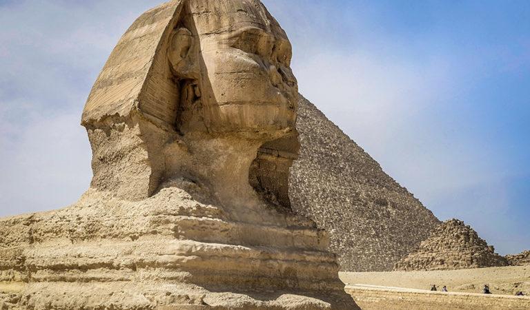 Piramitlerin Koruyucusu: Sfenks ve Sfenks'in Sırrı