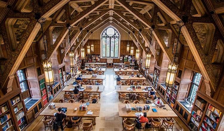 Chicago Üniversitesi / Amerika
