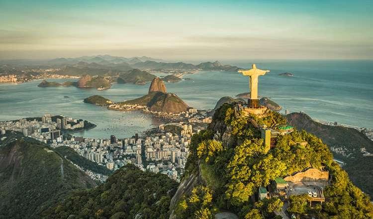 Kurtarıcı İsa Heykeli / Brezilya