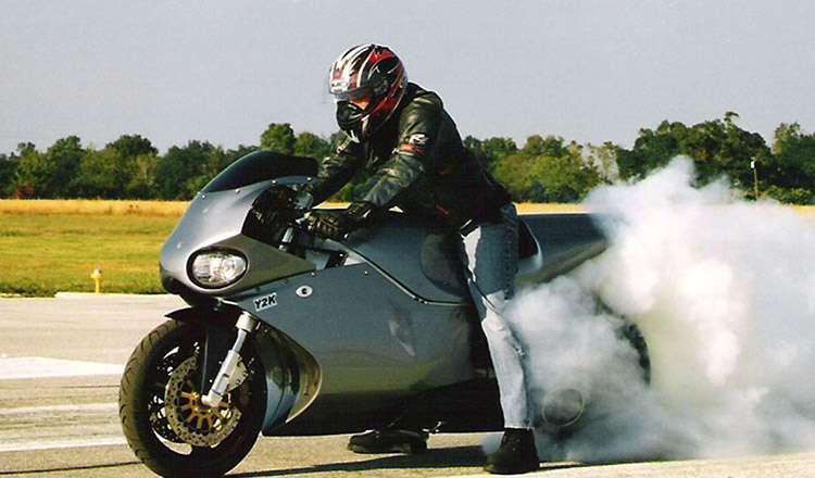 MTT Turbini Superbike Y2K