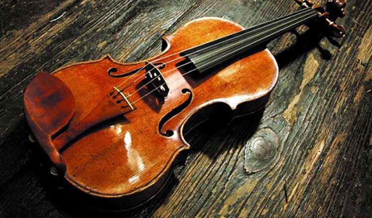 Antonio Stradivari Hammer Keman