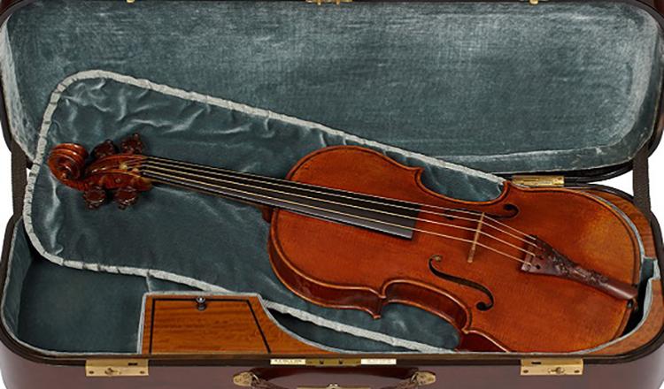 Lady Blunt Stradivarius Keman