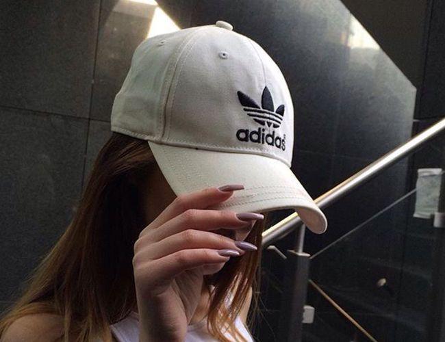 Adidas Şapkaları