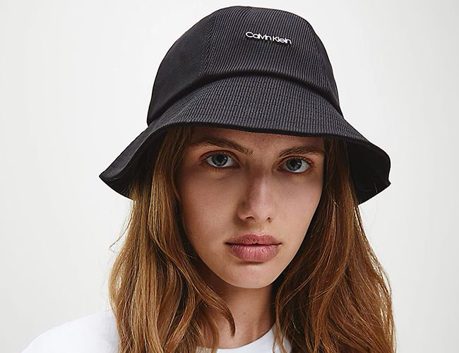 Calvin Klein Şapkaları